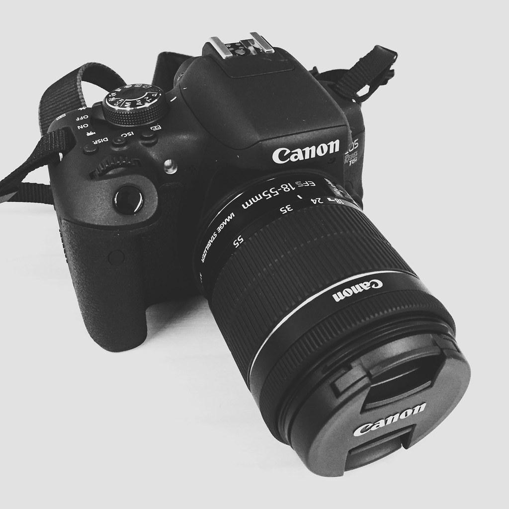 Canon-T6-DSLR